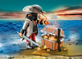 Playmobil 4767 Pirate with Treasure Chest