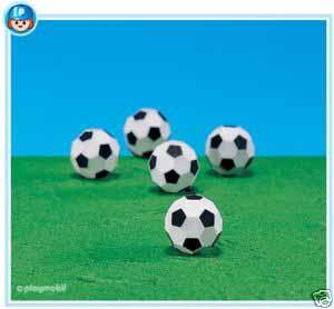 7839PM Playmobil 5 Soccer Balls