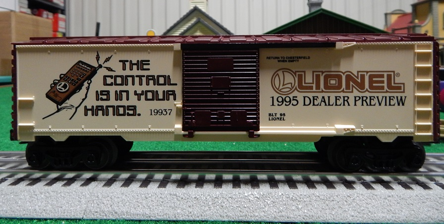 Lionel 6-19937 1995 Toy Fair Box Car
