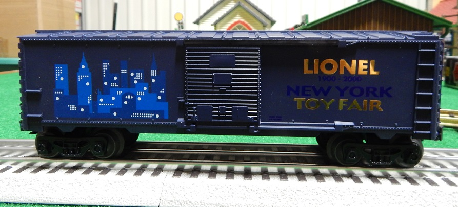Lionel 6-19989 2000 Toy Fair Box Car