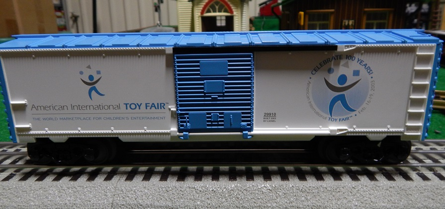 Lionel 6-29910 2003 Toy Fair Box Car