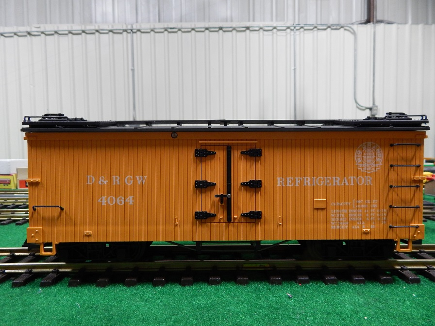 LGB 4064 D&RGW Reefer. Rare A-Series production in yellow box